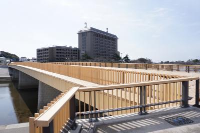 桜城橋(さくらのしろばし) ~檜(ヒノキ)の香る岡崎市の新名所~