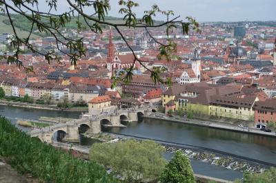 フリックスバスで移動~~マリエンべルク要塞がある「ヴュルツブルグの街を散策」