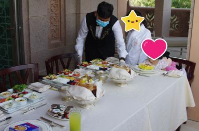 コロナ禍の豪華金満7つ星ホテル エミレーツパレスのスイート② 部屋ですんごい朝食、他