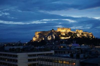 イギリス・ギリシャ・フランスへ☆6☆アテネ 優しいおじ様に助けていただく…><