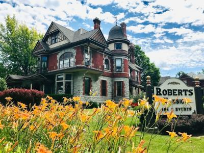 ワシントンモンタナ・大自然の17日間⑬ビクトリア風邸宅めぐりから、温泉の町ホットスプリングスへ