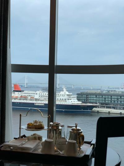 横浜新旧インターコンチはしごStay ② お部屋でおやつ/カクテルタイム/横浜港クルーズ