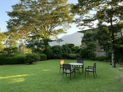 夏休み 箱根で旨いもの食べて温泉入ってゴルフの旅! エクシブ箱離宮、東急ハーベスト箱根明、箱根湯の花ゴルフ場、