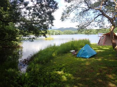 クロスカブで東北ツーリングでカヤック・小野川湖へ到着しました。