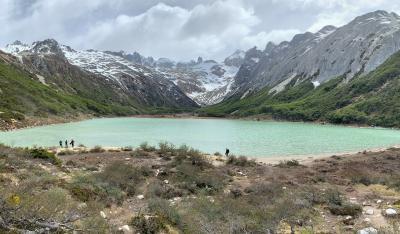 エスメラルダ湖ハイキング