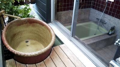 自主的県またぎ自粛旅 おばさん一人で伊豆長岡温泉『楽山やすだ』陶器風呂付客室