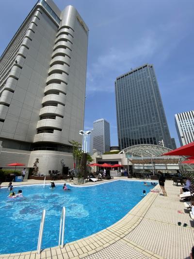 「ニューオータニ大阪」に泊まって「プール」と「グルメ」の旅