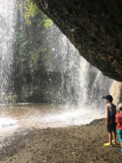 月待の滝は天然クーラーだった