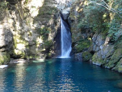 再訪『にこ淵』/仁淀ブルーは健在だったが滝口の形が変わっていた◆復興割を使って徳島&高知の滝めぐり《その7》