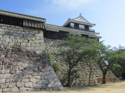愛媛(伊予一国)ドライブ巡礼(52)松山城を下城する。