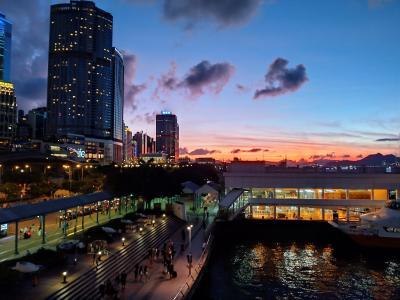 香港★吉野家で朝食 と アフタヌーンティーブッフェ 添馬公園とフェリーピアの展望台 ~吉野家・The Lounge@JW Marriot~