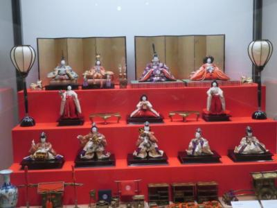 岩槻の岩槻城址公園(お林公園)を散策して岩槻人形博物館を見学しました
