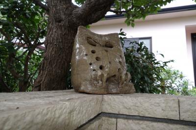 鎌倉市内で見付けたフクロウの置物