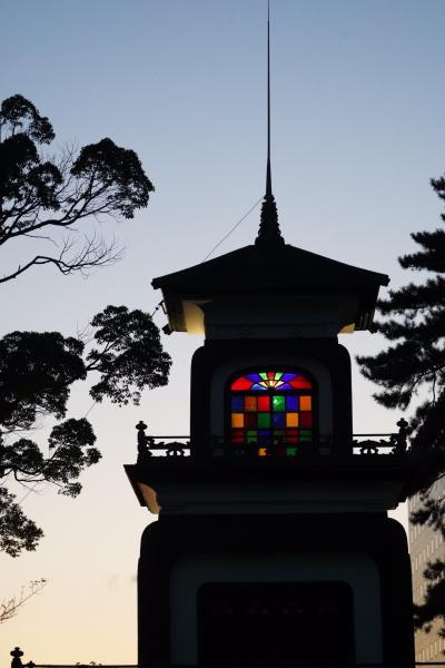 20200908-2 金沢 夕暮れの尾山神社まで、神門のステンドグラス観に