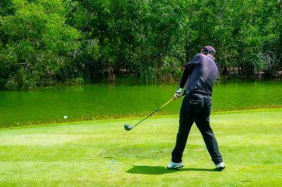 8ヶ月ぶりのゴルフ。観光客がいないゴルフ場は空いていて良いかも