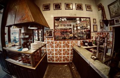 美食の街:バスク地方を巡るBARで「ほろ酔いグルメツアー」(100年以上の老舗でアヒージョ激旨/マドリード/31年ぶりのスペイン)