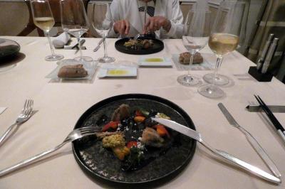 03.夏のエクシブ山中湖サンクチュアリヴィラ1泊 サロンでスパークリングワイン イタリア料理 リストランテ イルコローレの夕食