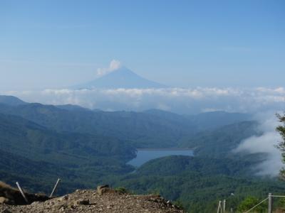 2020 山梨県 父子2人旅~ 大菩薩嶺(2,057m) ~ 登山編 ~ 山頂から絶景の稜線下り ~