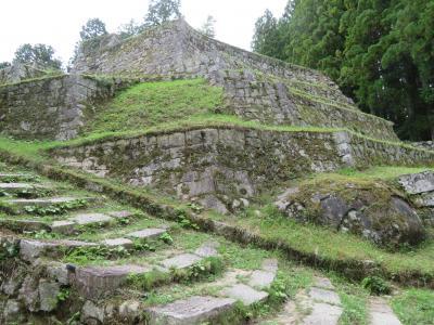 岩村城跡/日本一高い山城、別名「霧ヶ城」と女城主の里へ