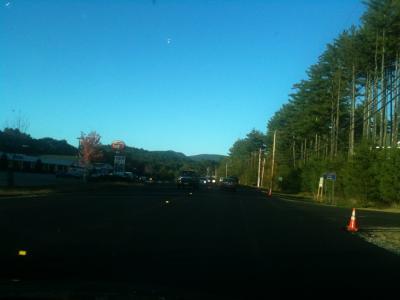 ニューハンプシャー州 コンウェイ ー 今日のホテルへ車で走る。