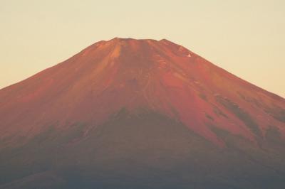 夏のエクシブ山中湖1泊 紅富士 朝の山中湖畔の散歩道 パノラマ台