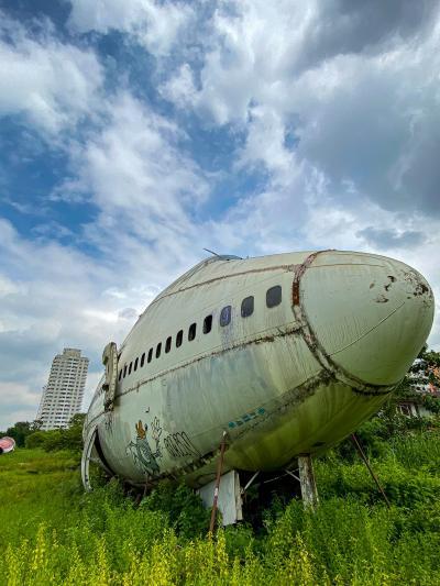 前から気になっていた、飛行機墓場に行ってみた。
