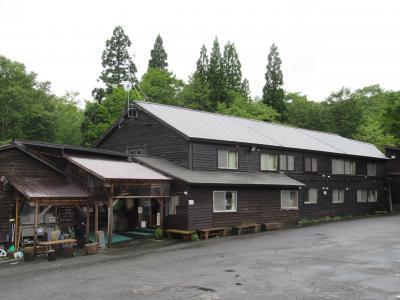日本三秘湯「谷地温泉」で瀬戸内寂聴尼が源氏物語訳を執筆した「源氏の間」に泊まる
