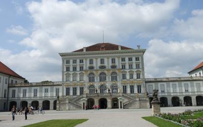 2018 三度目のシニア三人旅 ☆ニンフェンブルク宮殿でバイエルン王国の歴史と、ホーフブロイで乾杯!