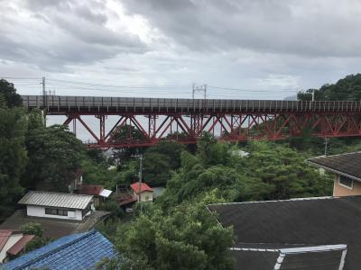 海の見える無人駅、東海道本線「根府川(ねぶかわ)駅」下車:白糸川橋梁へ
