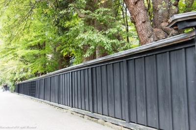 真っ黒くろすけの塀が印象的だった角館武家屋敷