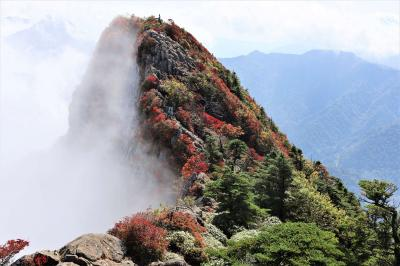 クルマで行く歩き旅・「歩きお遍路」後の・・・オマケの登山