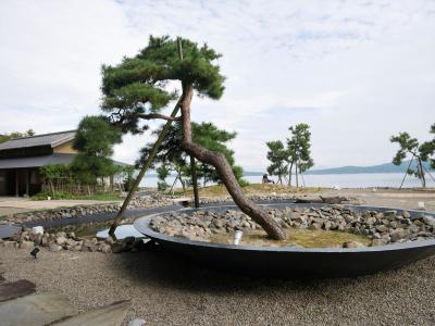 金沢・和倉 -3- 加賀屋を見学し雨晴海岸へ、そして最後の食事は氷見の回転寿司