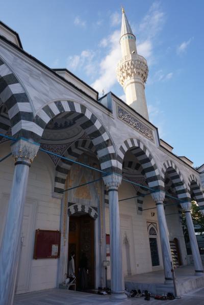 東京さんぽ 2020秋 Day#1 ~色鮮やかな模様とアーチが美しいイスラムの礼拝堂~