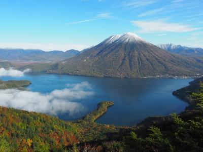 奥日光で三滝を鑑賞して、半月山~社山を縦走してきました!