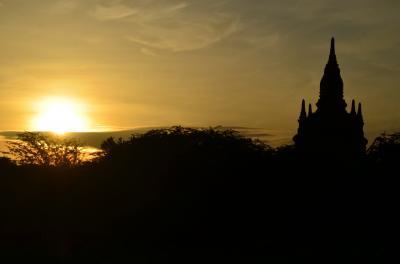 敬虔な佛教国に-初日◆ヤンゴン◆