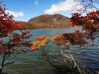 秋晴れに誘われ、紅葉の赤城山へ