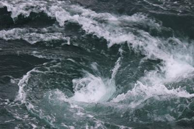 渦潮を観潮船から間近に観る in 徳島③