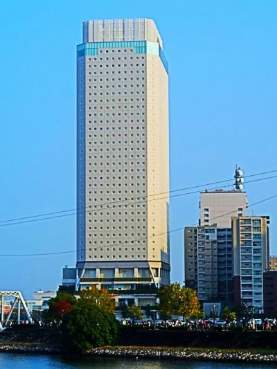 横浜12 APAホテル-横浜ベイタワーの朝 和洋バイキング ☆9:30 check out→桜木町駅
