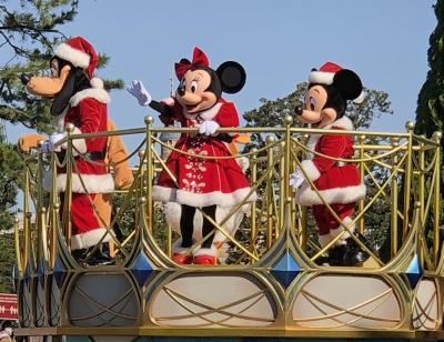 2020年10月から東京ディズニーランドでお酒が飲める♪2020ディズニークリスマス「ミッキー&フレンズのグリーティングパレードクリスマス」