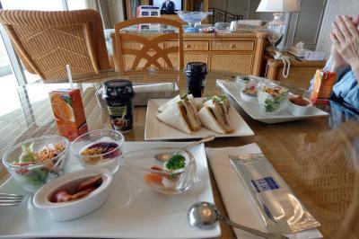 07.秋のエクシブ初島1泊 インルームダイニングの朝食