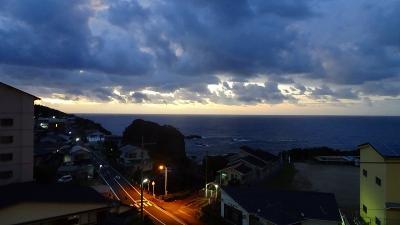 四万十川遊覧と、新足摺海洋館(SATOUMI)の見学等 翌日01。目覚めて、朝食前の散歩。