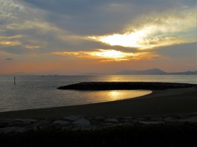 2019年11月 山口県・山陽小野田市 焼野ビーチで海と鳥と夕陽を見ました。