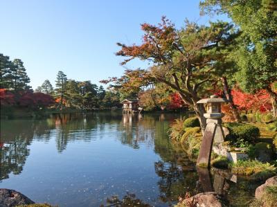 紅葉の金沢(1)兼六園の昼と夜、ひがし茶屋街