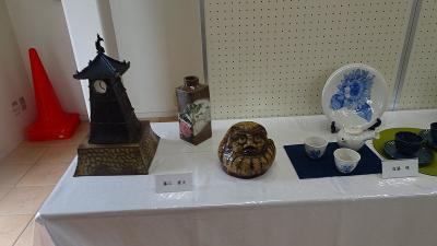 みどりのプラザへ「伊丹市陶芸クラブ作品展」を見せて貰いに行きました その3。