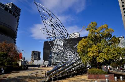 情緒纏綿 大阪市中之島①国立国際美術館
