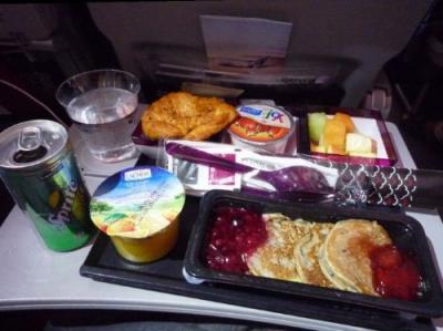 いつかまた海外に飛べるまで★機内食コレクション【外資系Economy Class】