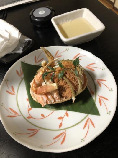 香箱蟹を食べるために