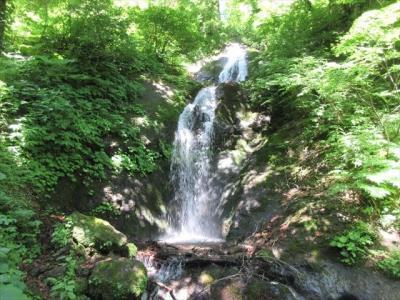 まぼろしの滝群と与蔵沼