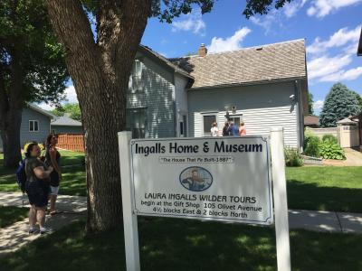 サウスダコタ州 デスメット ー 「大草原の小さな家」のローラの両親が最後にたどり着いた家