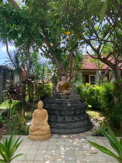 バリ島で珍しい、仏教寺院